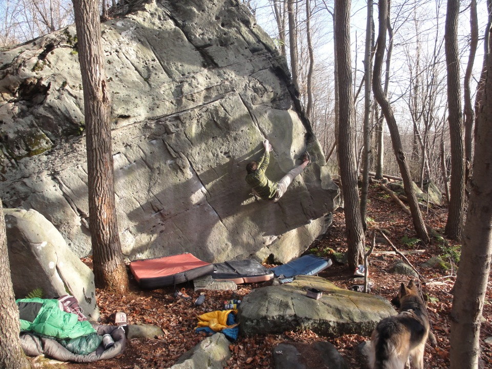 Super fun V4- with an incredible sequence.